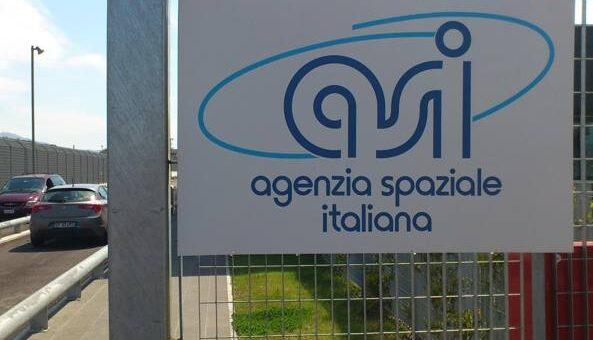 SCUOLA. AGENZIA SPAZIALE ITALIANA PORTA SULLA LUNA MESSAGGI STUDENTI.